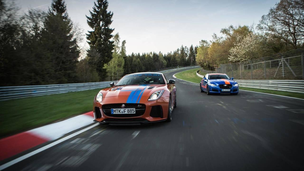 Jaguar F-TYPE SVR y XJR575 en Nürburgring