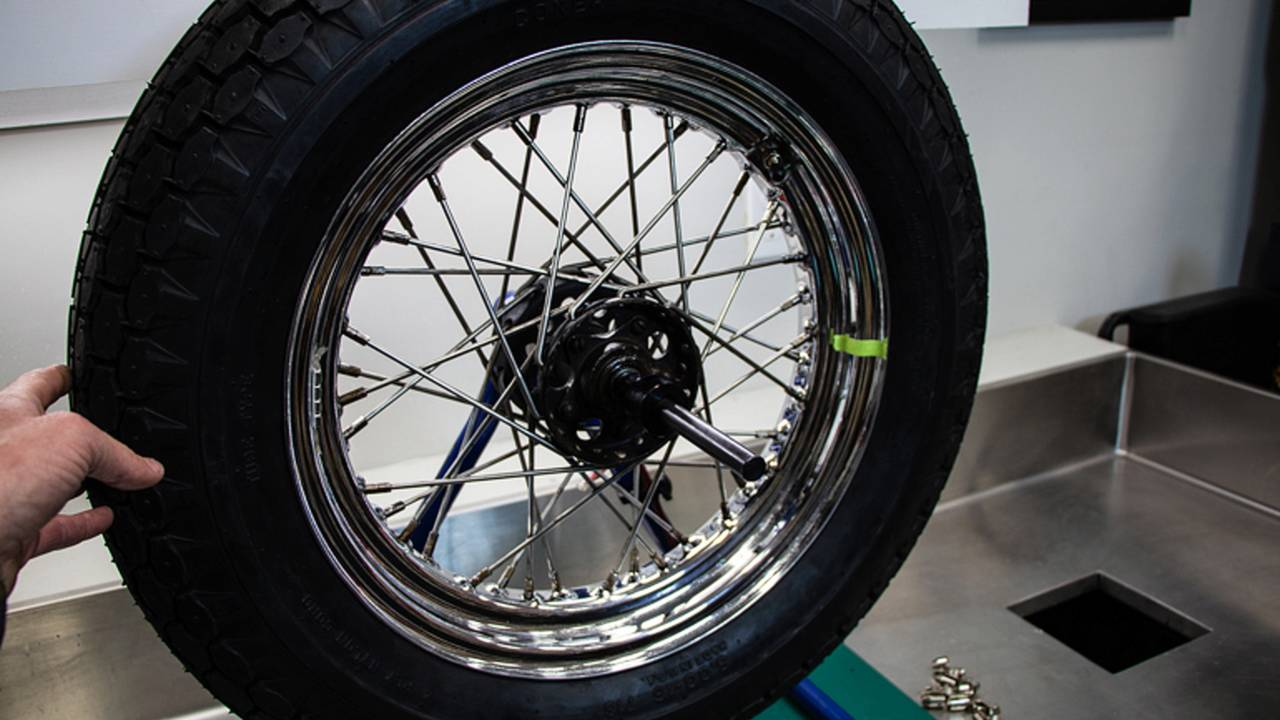 Wobbly Wheels Suck - How To Balance Motorcycle Tires