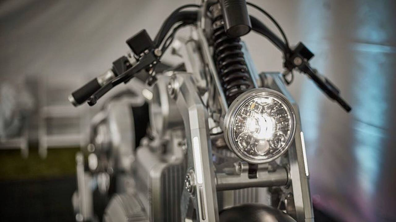 The JW Speaker Headlight on the Zeus 2020 (Photo by Paulo Rosa)