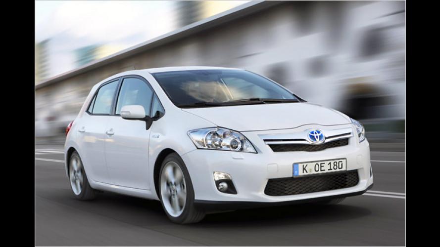 Komplett: Finanzierung plus Service für Toyota Auris Hybrid