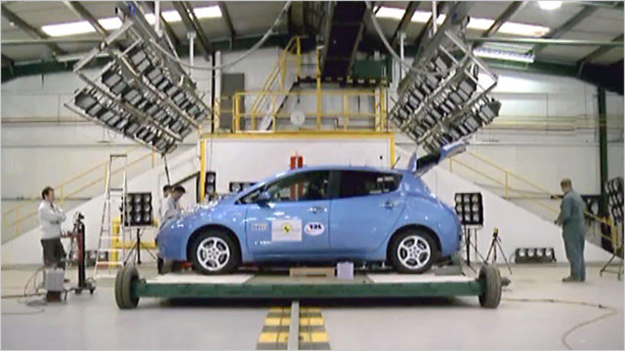 Nissan Leaf im Crashtest