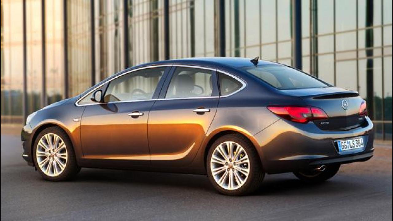 [Copertina] - Nuova Opel Astra Sedan