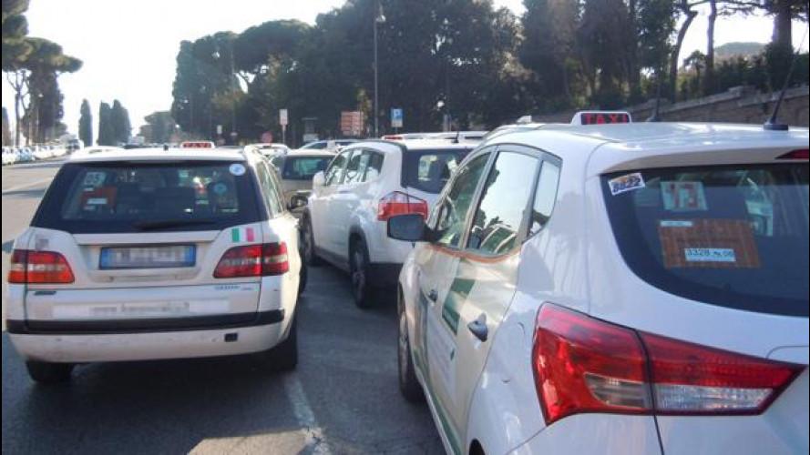 """Uber ed UberPop, perché secondo i tassisti sono """"abusivi"""""""