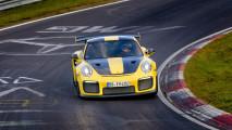 Porsche GT2 RS, il record al Nurburgring