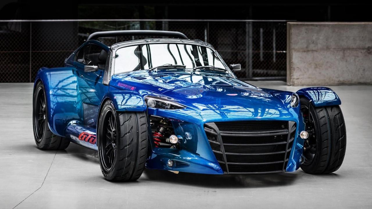 [Copertina] - Donkervoort D8 GTO RS, carbonio blu per l'ultima serie speciale