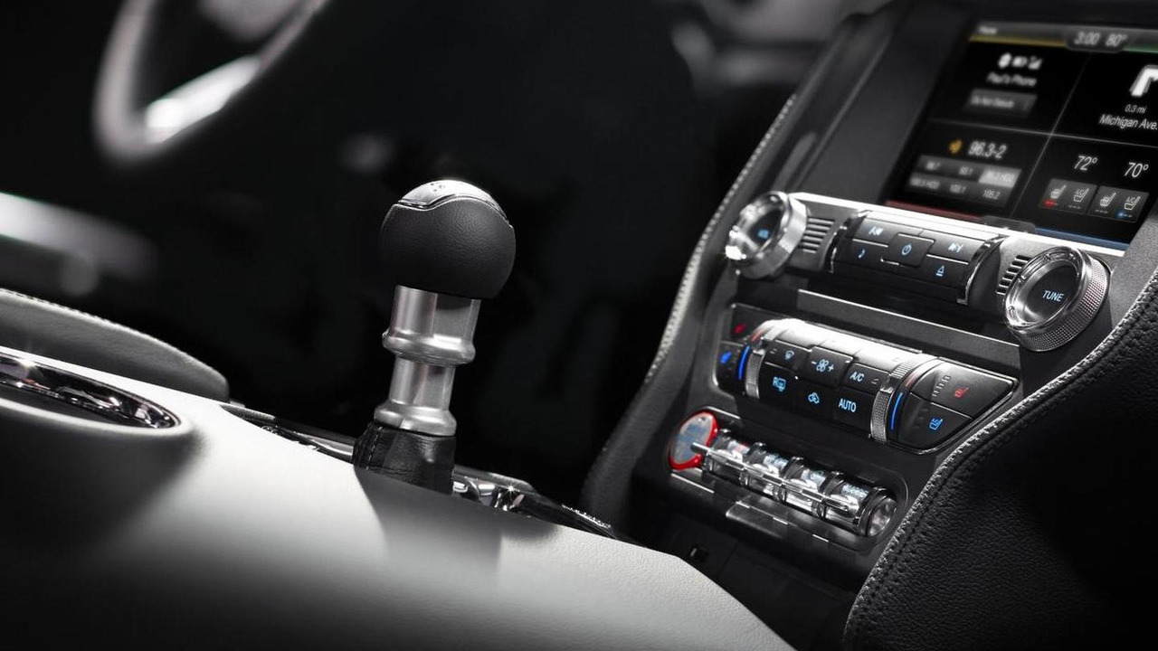 2015 Ford Mustang SYNC AppLink system