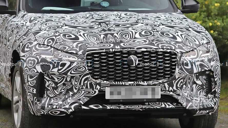 Jaguar F-Pace facelift new spy potos