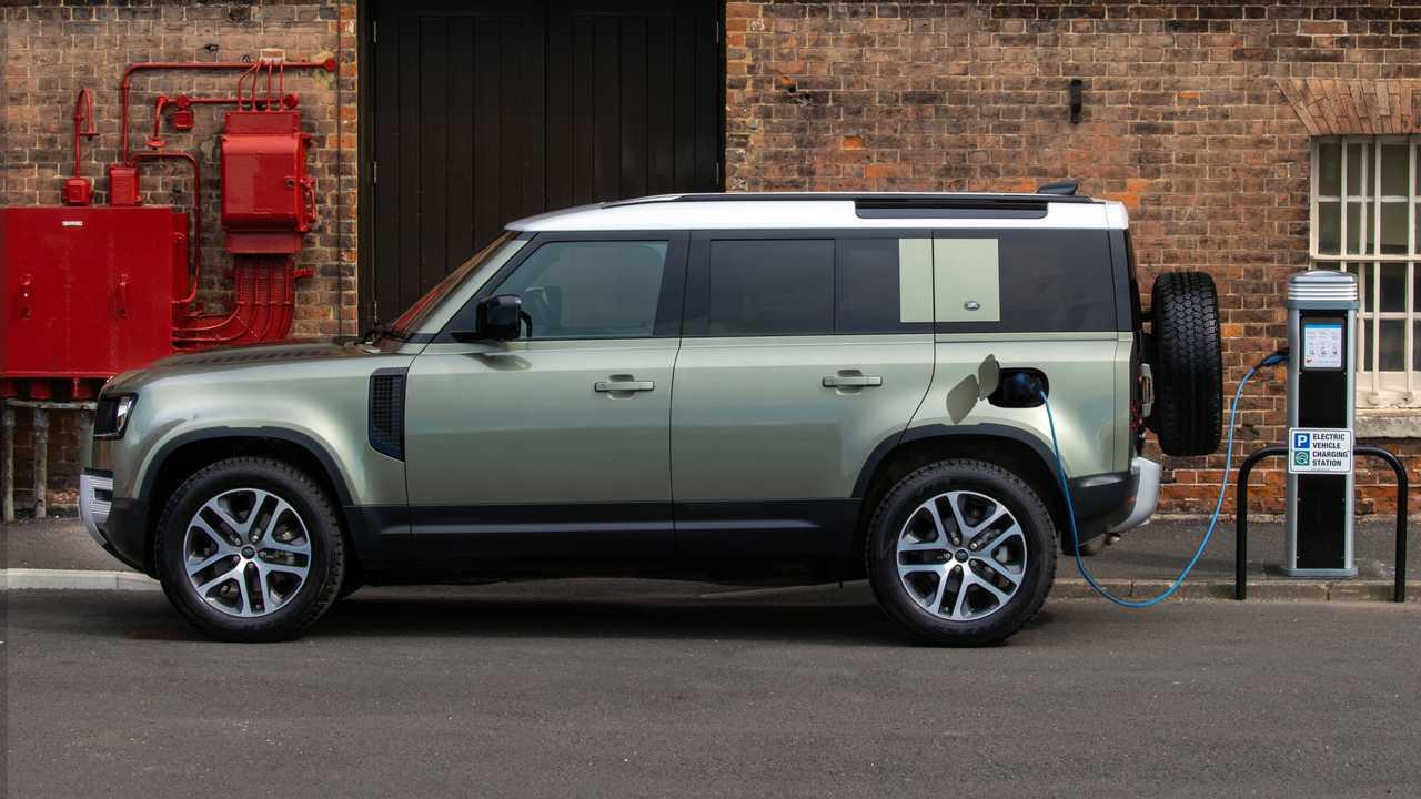 2021 Land Rover Defender PHEV lead image