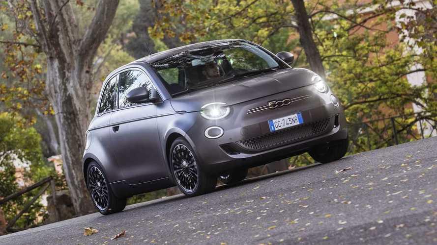 Fiat 500 2022: hatch elétrico chega ao Brasil por R$ 239.990