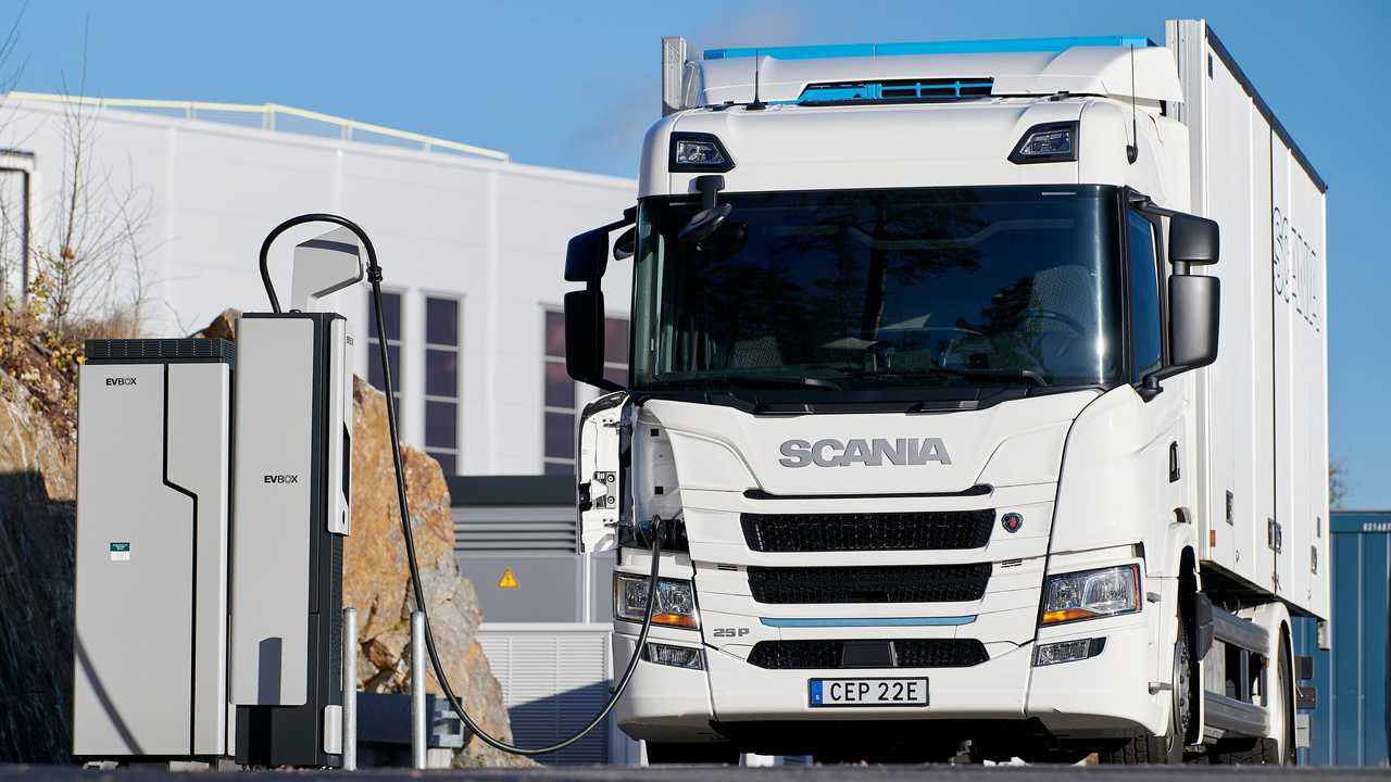 Scania battery electric truck charging