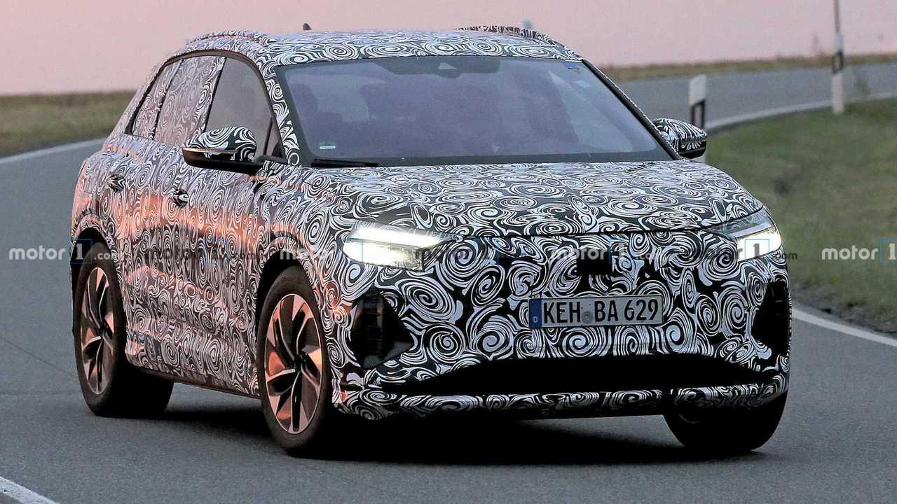 Audi Q4 E-Tron - flagra 3/4 dianteiro