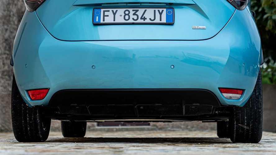 Maxi-incentivi fino a 18.000 euro e più accise sul diesel? È battaglia