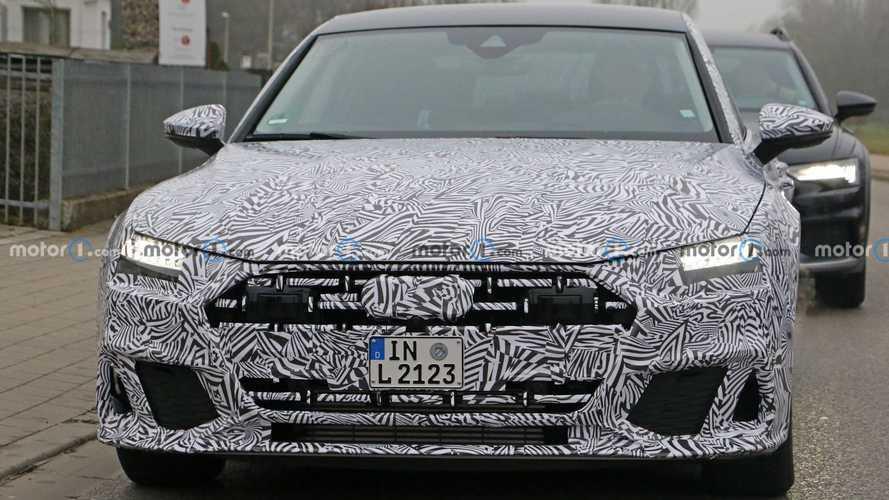 Audi A7L Spy Photos
