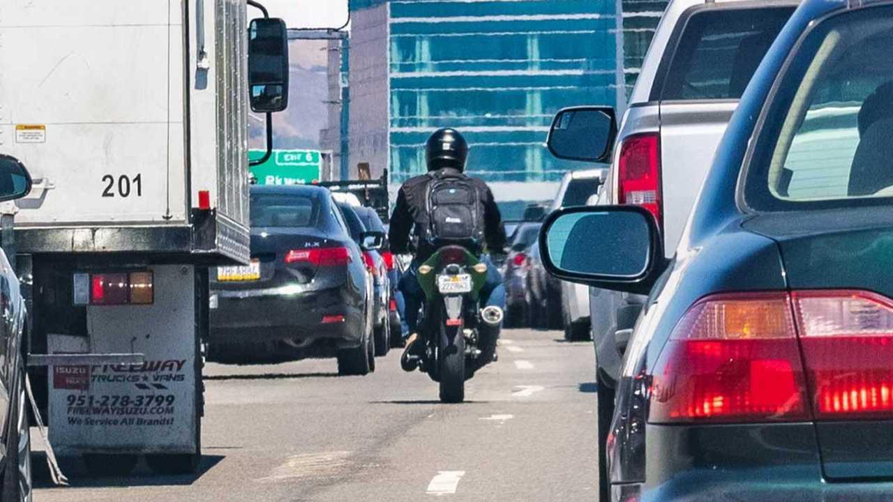 Western Australia Has Finally Legalized Lane Filtering