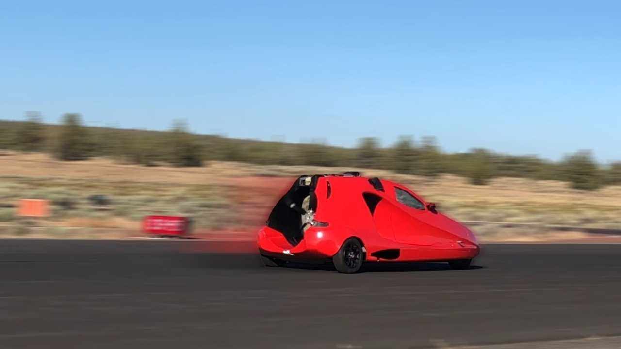 Switchblade Flying Car On Runway