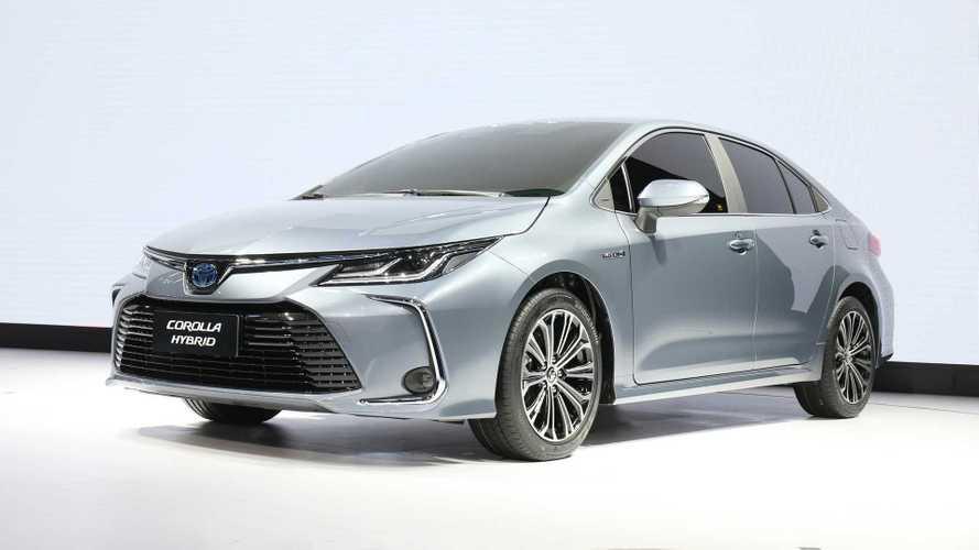 Toyota 'insiste' nos híbridos e anuncia expansão na produção de baterias