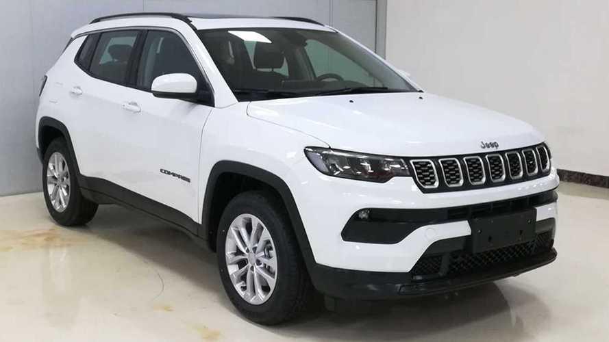 """Vazou: Novo Jeep Compass 2022 aparece """"limpo"""" em imagens de registro"""