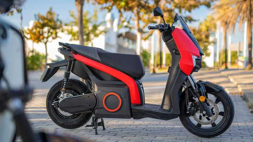 Seat Mó eScooter 125: Elektroroller nun ab 6.700 Euro erhältlich