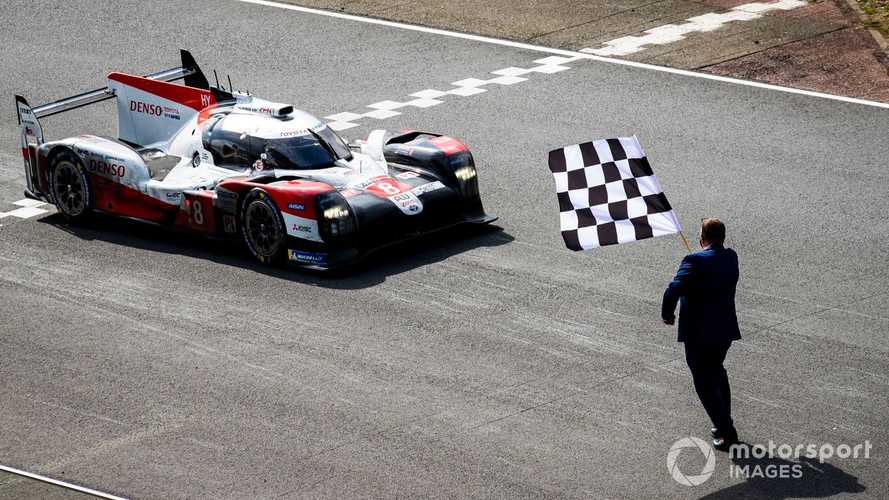 Le Mans 24 Hours: Toyota claims hat-trick on LMP1 swansong