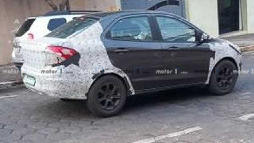 Flagra: Ford EcoSport (mula no Ka Sedan)