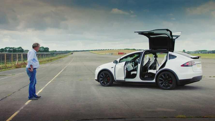 Jeremy Clarkson fa pace con Tesla (e sfida un'Audi R8 con una Model X)