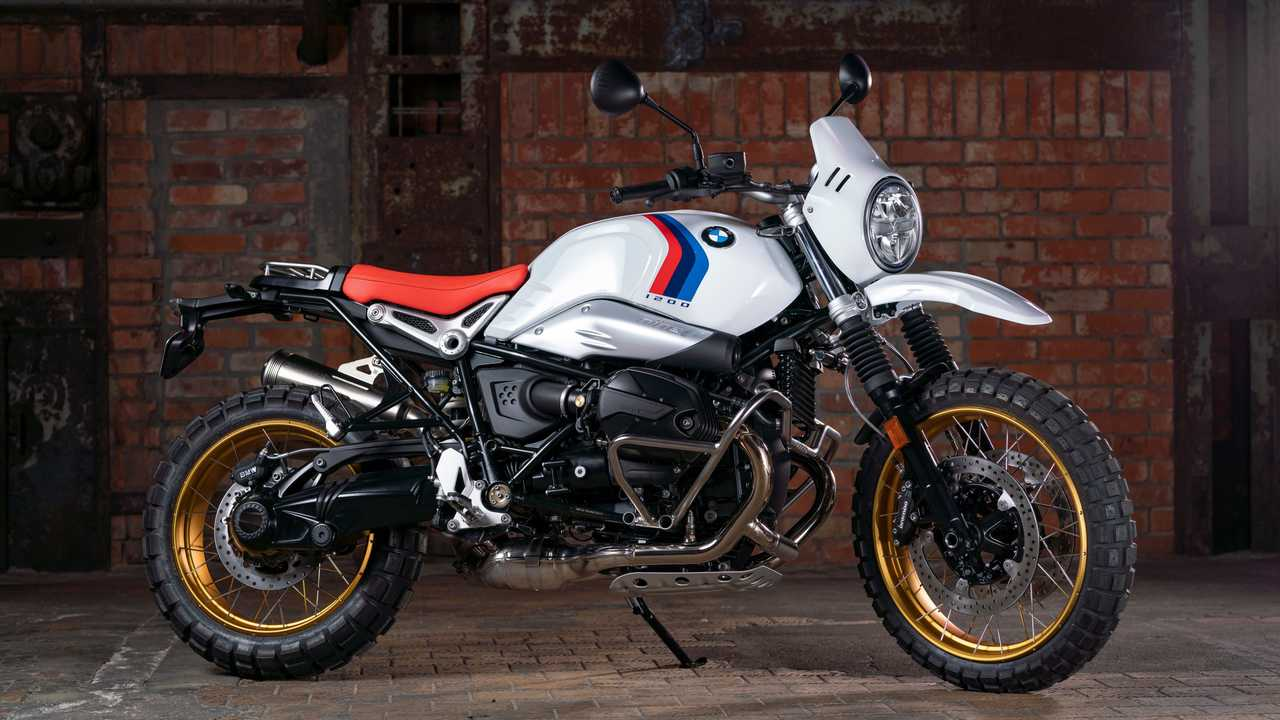 2021 BMW R nineT Urban GS Dakar Right Side