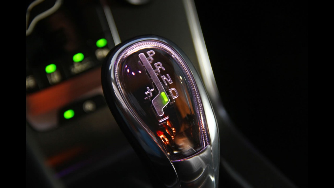 Volta rápida: Volvo V40 tem boa dinâmica, mas preço de alemão complica