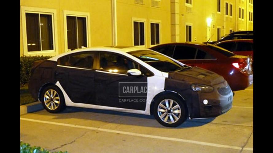 """Novo Kia Cerato 2013 está quase pronto na China - Visual ficará mais """"alemão"""""""