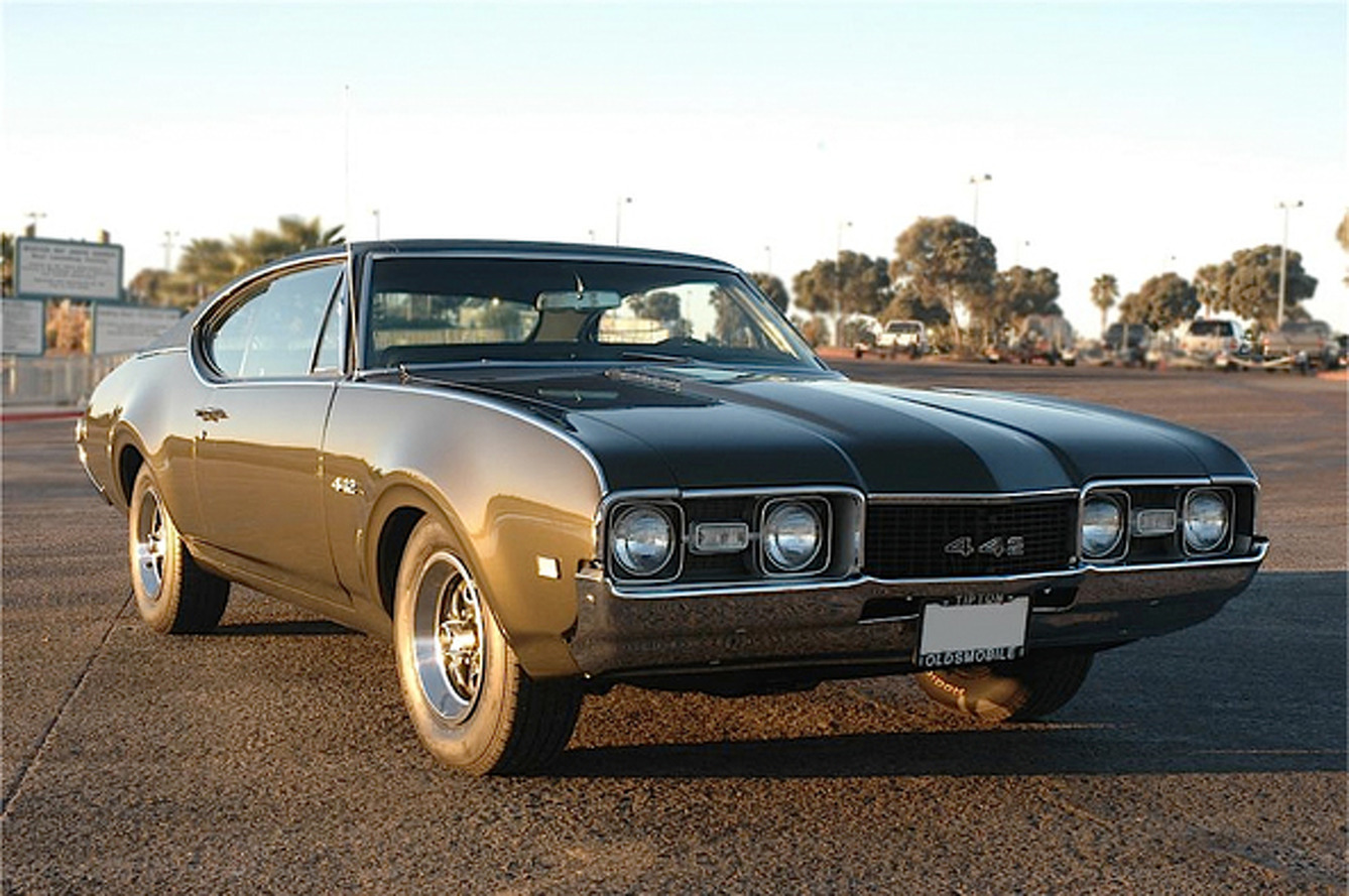 Bold School: 1968 Oldsmobile 442