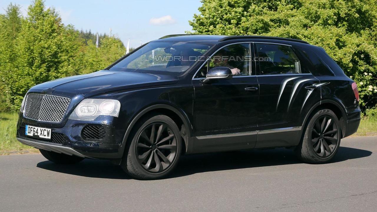 Bentley Bentayga SUV prototype spy photo