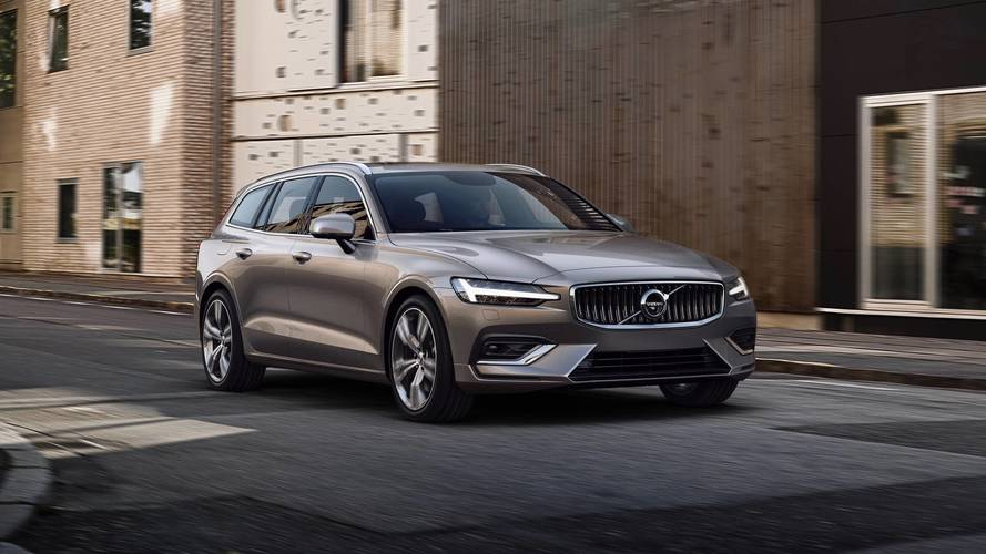 Az Audi és a BMW vásárlóira pályázik az új Volvo V60