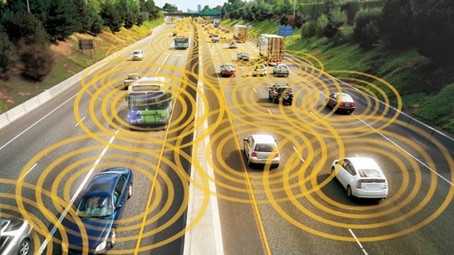 Smart road e auto a guida autonoma, l'Italia fa un passo avanti