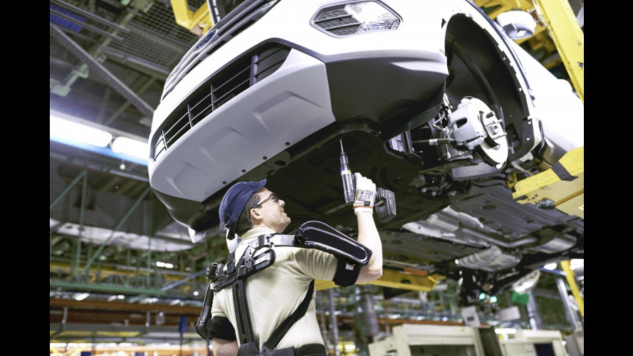 Iron Man al lavoro negli impianti Ford
