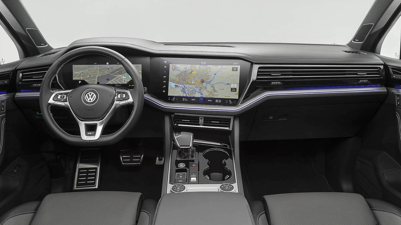 Discover Top 10 Tech Features Of The 2019 Vw Touareg Volkswagen Central Wiring Harness Single Parts A Self Learning Navigation
