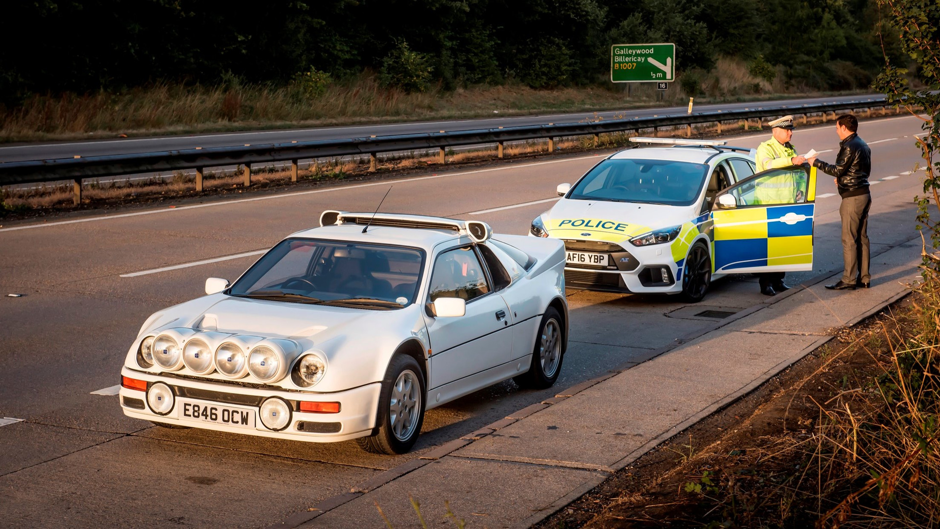 Uk Police Try Focus Rs 30 Years After Rs200