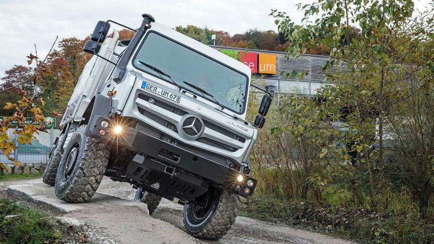 Unimog U 4023: museu de super brutos da Mercedes ganha nova atração