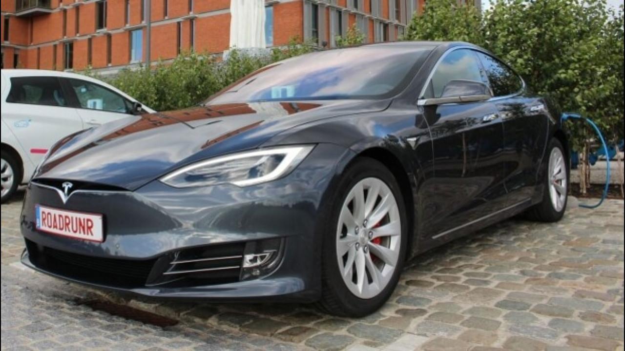 [Copertina] - Tesla Model S da record: oltre 900 km con una sola ricarica