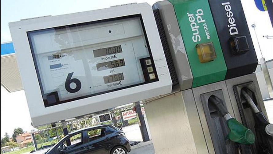 Prezzo benzina e gasolio, nuovi cali in vista