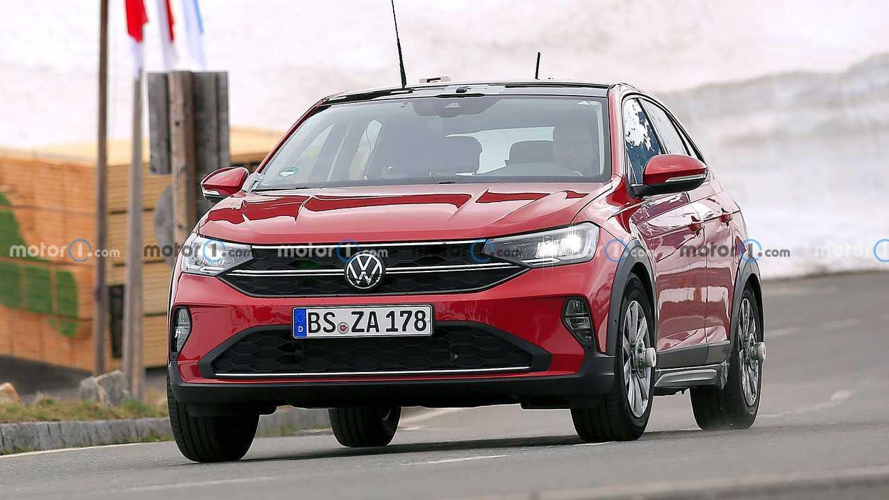 Volkswagen Taigo nuove foto spia