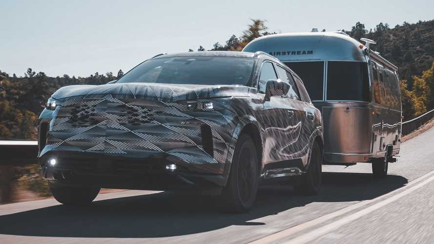 Latest 2022 Infiniti QX60 Teaser Reveals Increased Towing Capacity