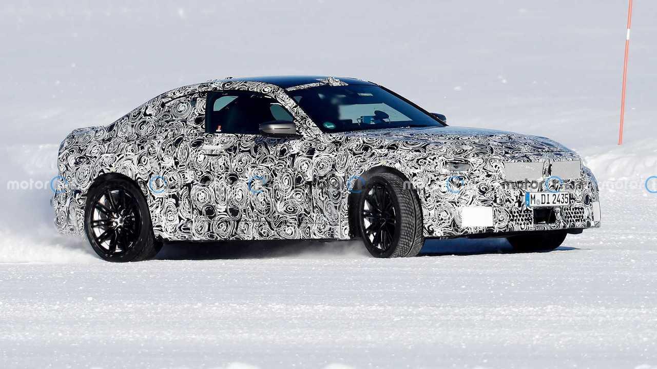 New BMW M2 Coupe spy photo