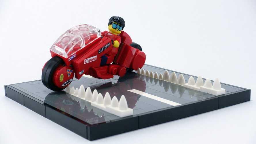 LEGO Enthusiast Creates Perfect Akira Bike Kit, And We Want It