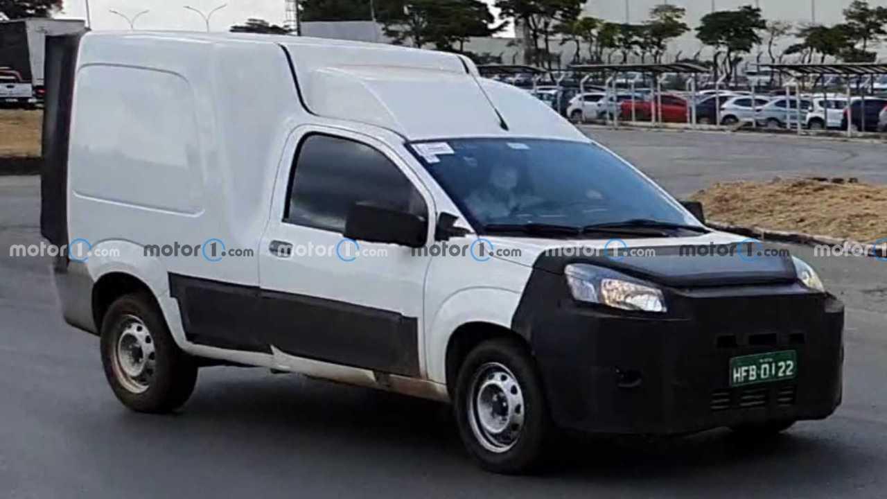 Novo Fiat Fiorino 2022 - Flagra