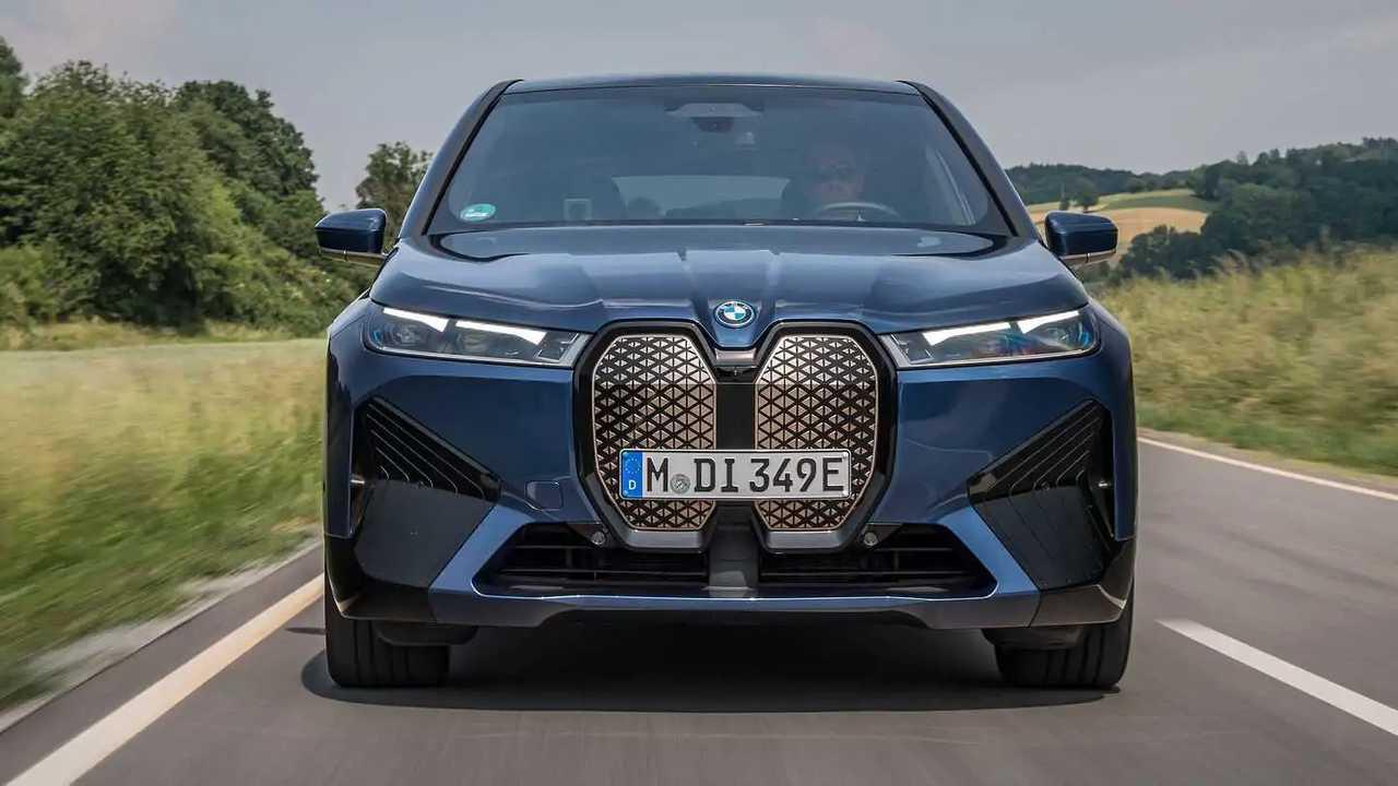 Der BMW iX startet im Herbst 2021