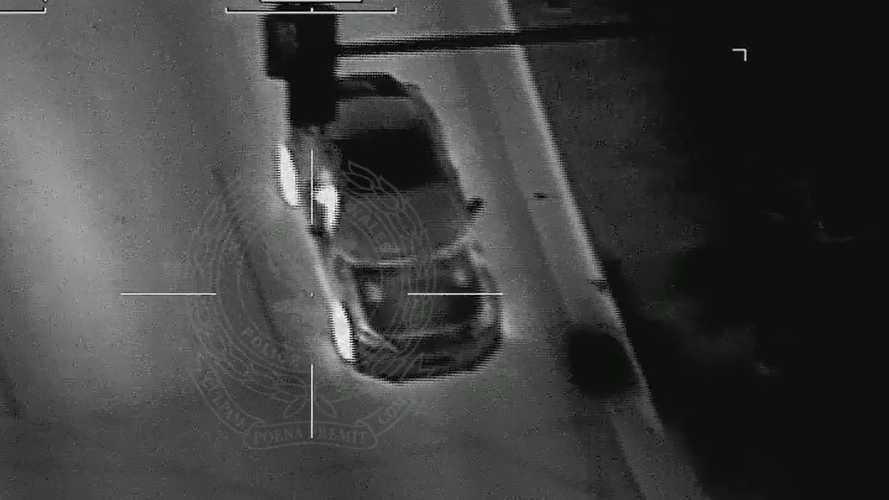 Kétmillió forintnyi büntetést autózott össze egy ausztrál subarus, helikopterről rögzítették a száguldását