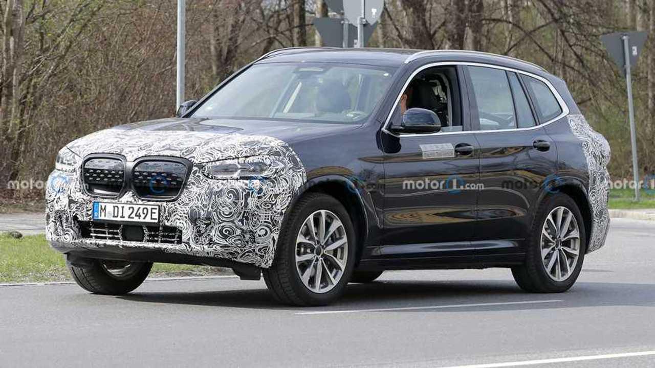 New BMW iX3 spy photos.