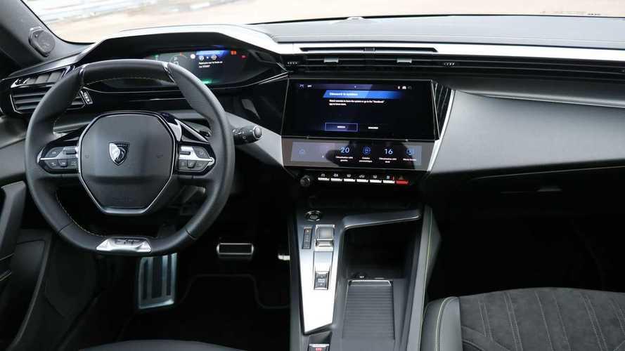 Mengenal Fitur i-Cockpit Milik Peugeot