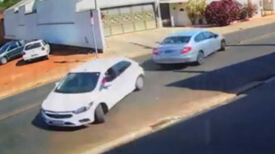Two Cars Caught On Camera Meet In A Synchronized Collision