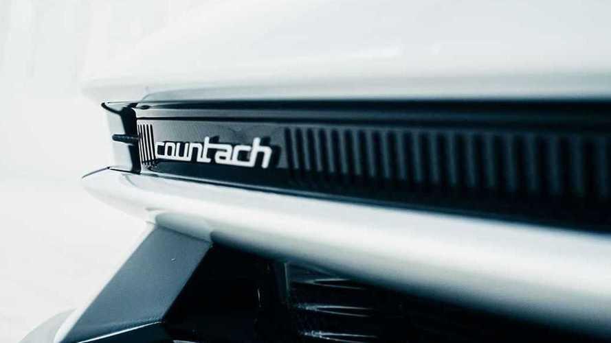 La Lamborghini Countach si scopre in nuove foto