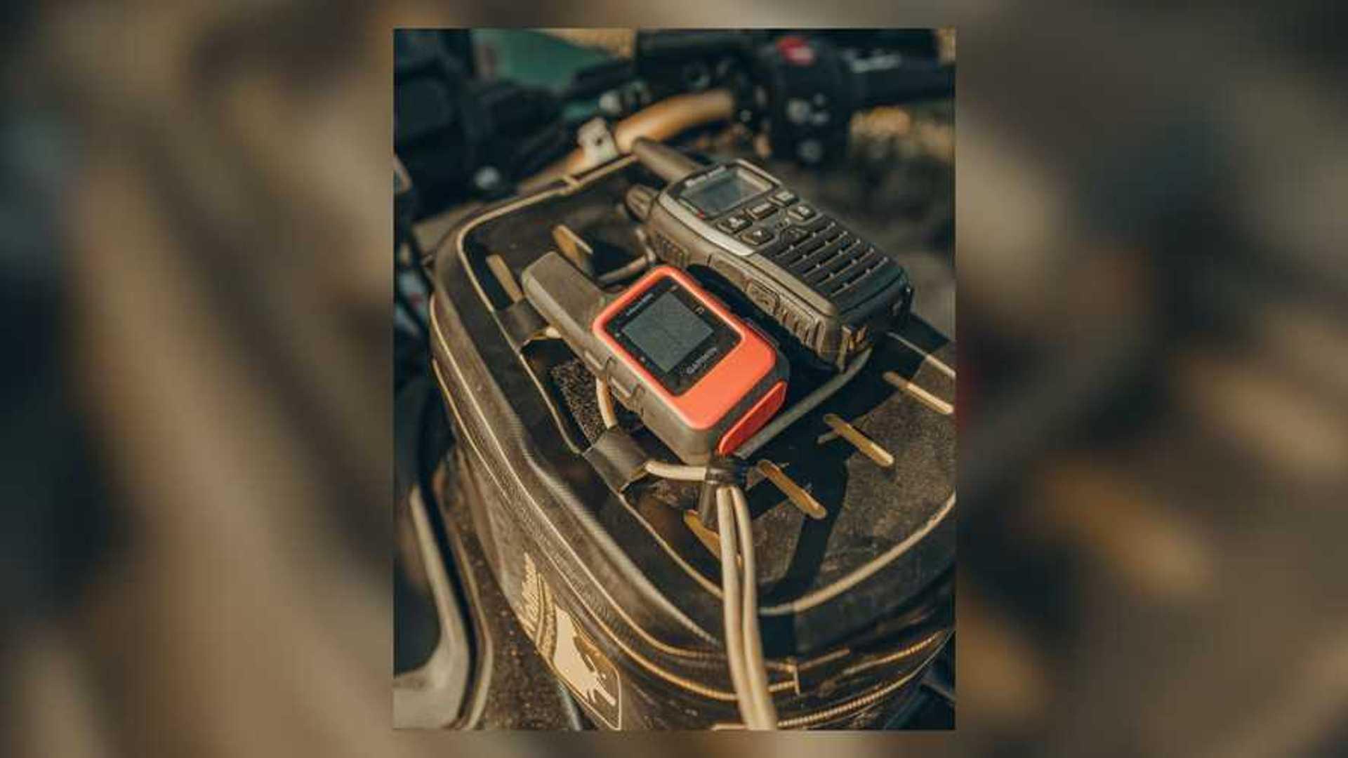 Overland Expo Razzle Dazzle 2021 Honda Africa Twin Adventure Sports ES DCT - Garmin InReach Mini